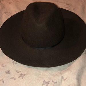 American Eagle brown hat